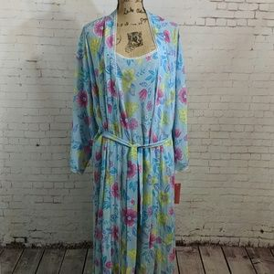 JOSIE NATORI Matching Floral Gown and Robe